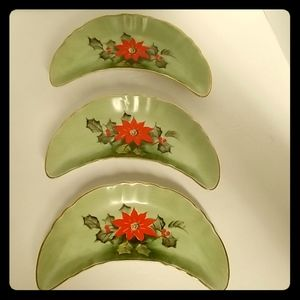 Lefton limited edition poinsettia crescent dishes